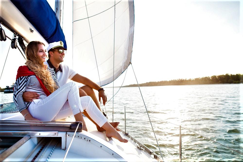 Романтическая прогулка в подарок на яхте