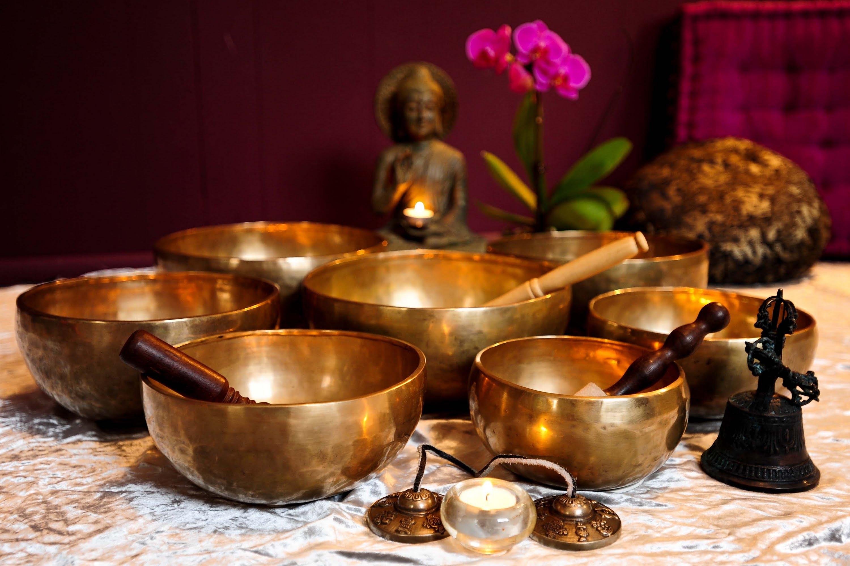 Индивидуальная звукотерапия под звук тибетских чаш