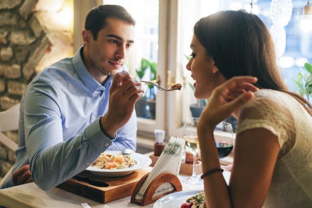 романтическое свидание в кофейне!