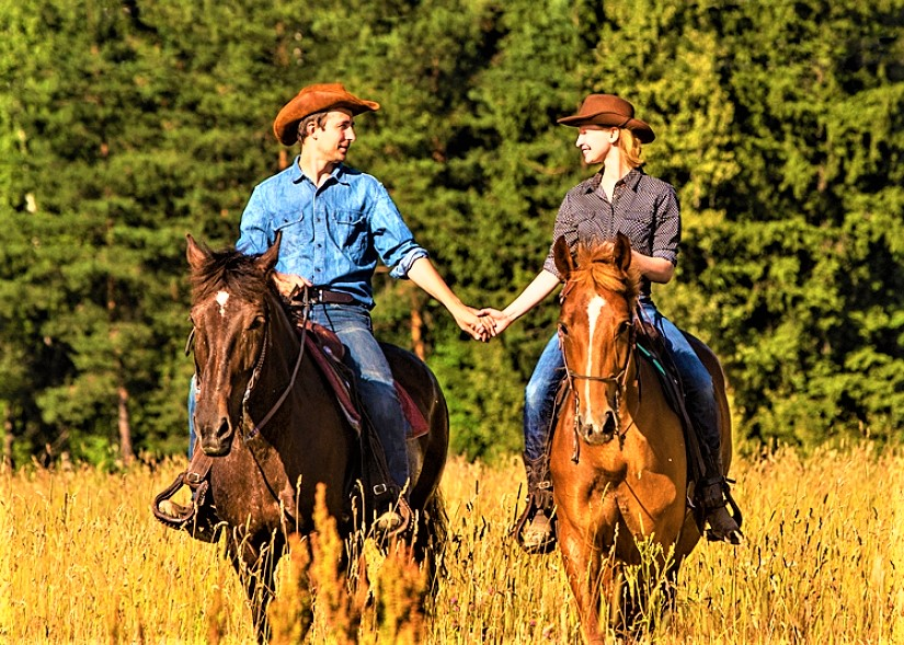 Прогулка на лошадях для компании